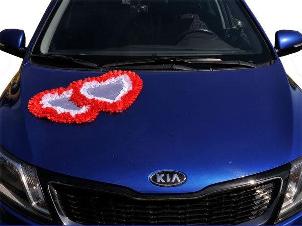 Сердце двойное из фатина и лент для свадебного авто