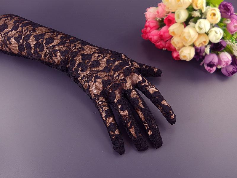 Перчатки №4 черные, гипюр