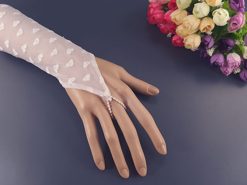 Митенки свадебные №4 белые, вышивка