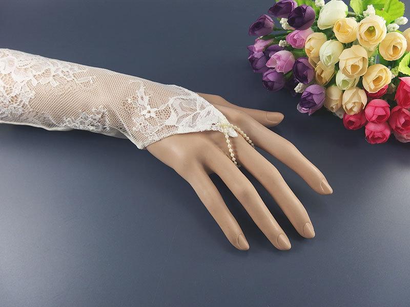 Митенки свадебные №3 гипюр, цвет айвори