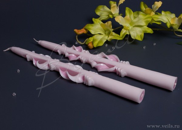 Свеча резная тонкая 1 шт., цвет бело-розовый