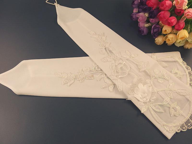 Свадебные митенки 38см, белые с аппликацией